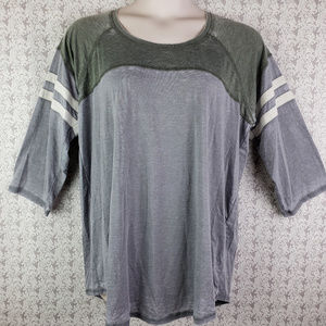 Womens Gray 3/4 Sleeve Shirt Top Size 2